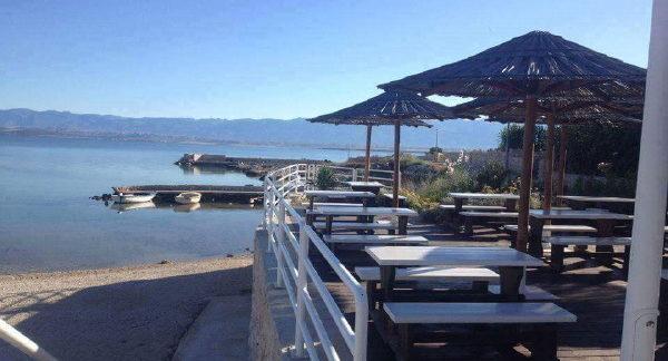 Kafić na plaži