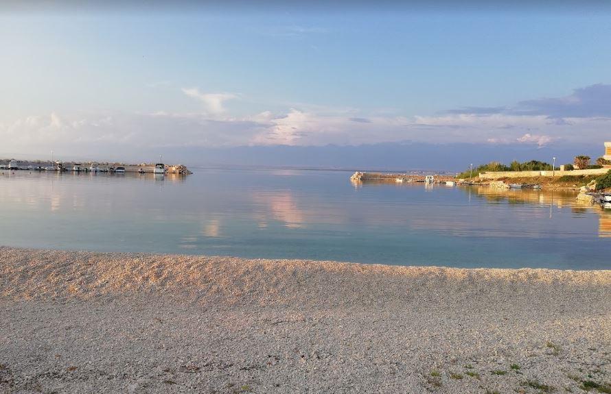 Plaža Biskupljača – Lozice
